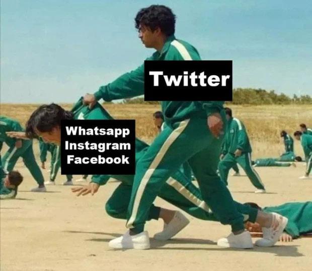 """Khi Facebook, Instagram sập trong gần tiếng đồng hồ, Twitter chính là vị anh hùng dang tay cứu người dùng mạng xã hội khỏi bị """"tối cổ""""."""
